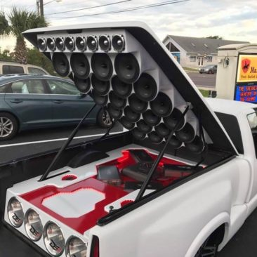 TUNNING Y CAR AUDIO